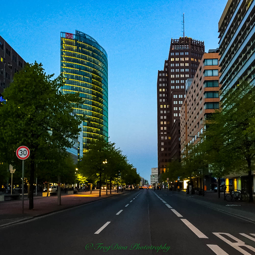 Potsdamer Platz_.jpg