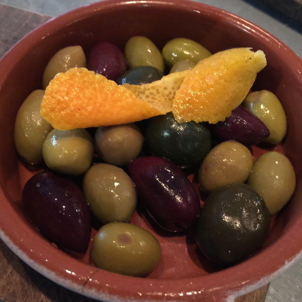 marinated olives orange | rosemary