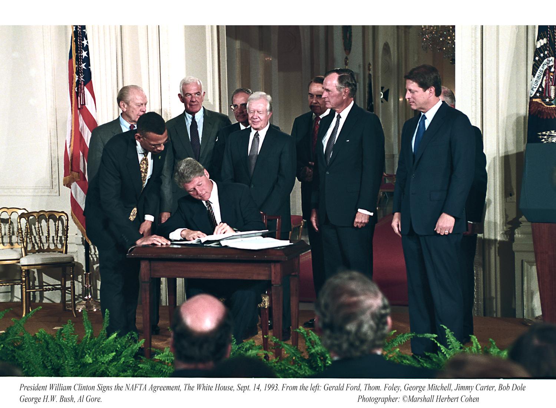 Pres Clinton Signing Nafta Treaty Marshall H Cohen
