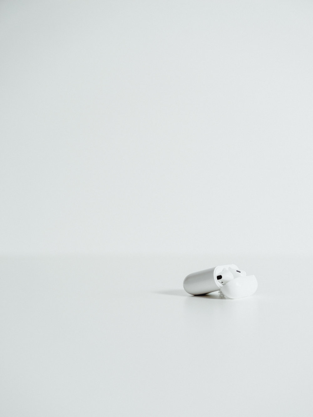 Apple-AirPods-15.jpg