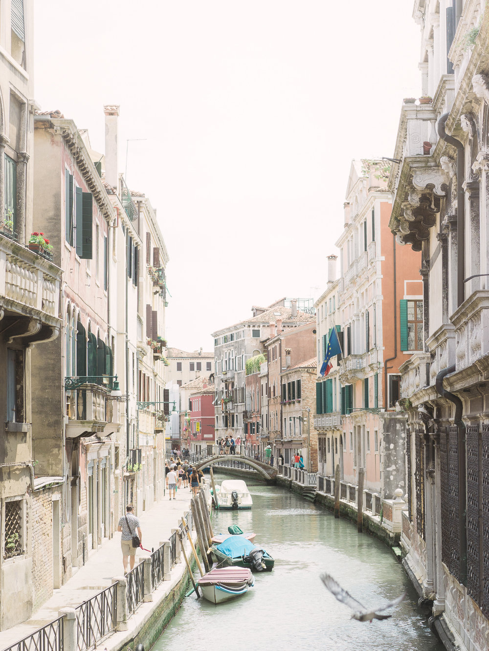 Venice-Burano-Italy-12.jpg