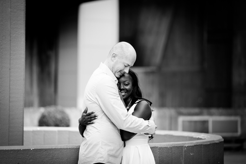 BW-couple-holding-each-other-Southbank-London