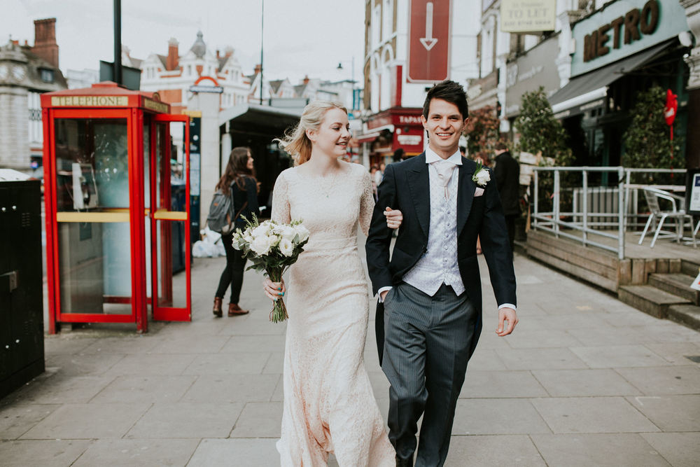 LD-374-newly-married-bride-groom-walking-London-street-photos.jpg