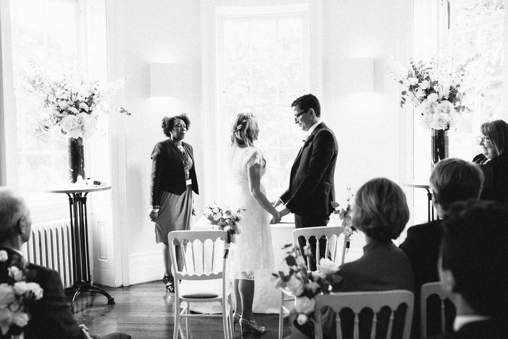 Clissold House reportage wedding photographer