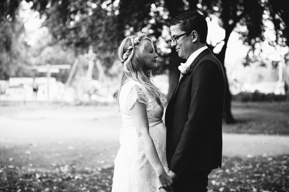 intimate moments captured documentary wedding photography