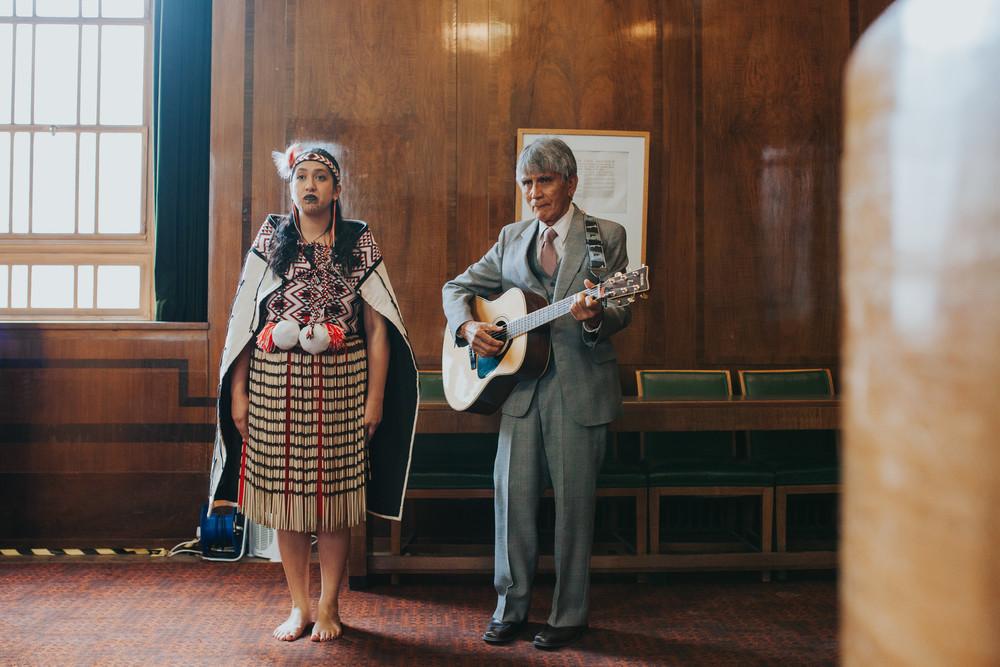 MS-Londesborough-Pub-wedding-Hackney-alternative-photographer-119-new-zealand traditional-singers.jpg