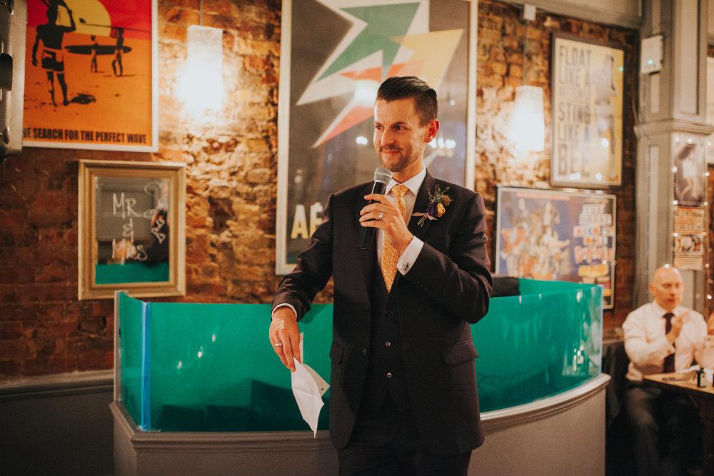 296-Londesborough-Pub-wedding-groom-speeches.jpg