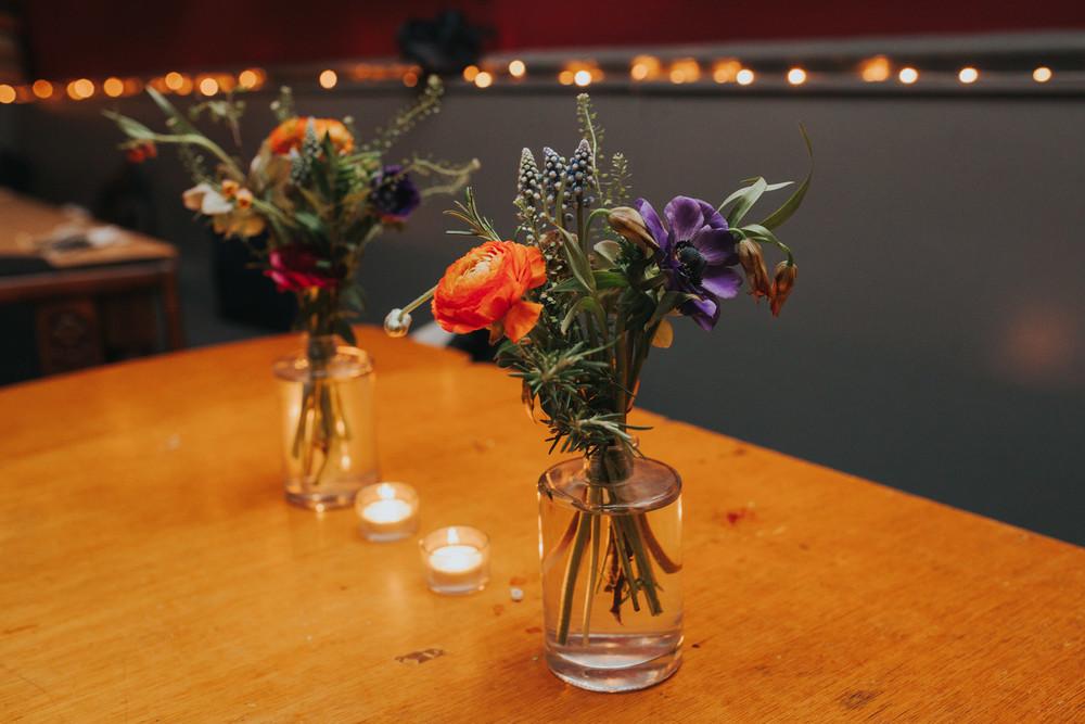 304-Londesborough-Pub-wedding-flowers.jpg