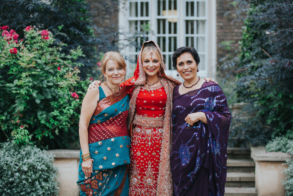 62-Anglo-Asian-London-Wedding-Middle-templebride-mum-mother-in-law.jpg