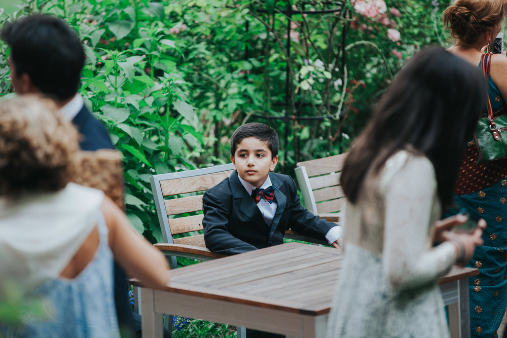 67-London-Wedding-Middle-temple-young-guest.jpg
