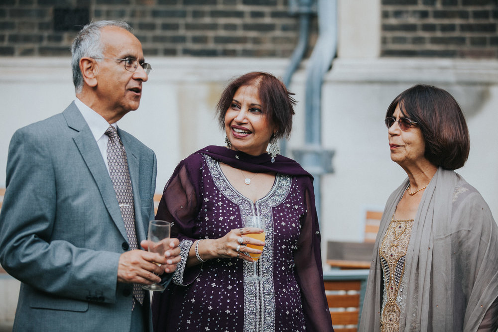 102-Anglo-Asian-London-Wedding-Middle-temple-guests-reportage.jpg