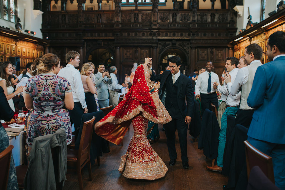 177-London-Wedding-Middle-temple-bride-twirling-red-sari.jpg
