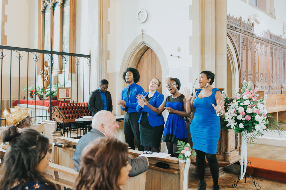 80 gospel singers Catholic Church Dulwich wedding.jpg
