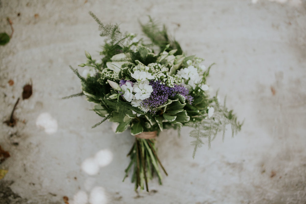 1 wild flower wedding bouquet.jpg