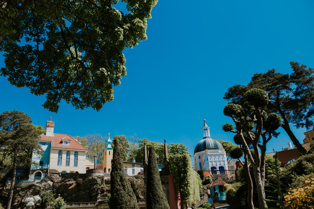 243 Portmeirion Wales reportage wedding photographer.jpg
