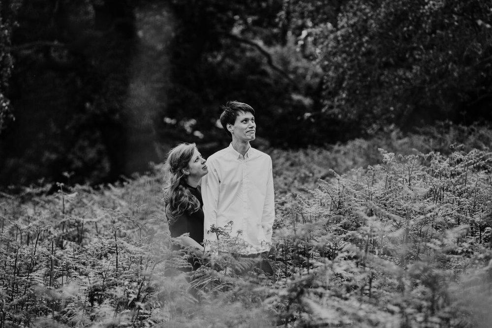 8-London natural couple portrait photographer giant fern_.jpg
