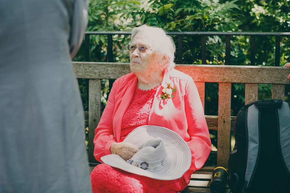 22 candid reportage guests York House gardens.jpg