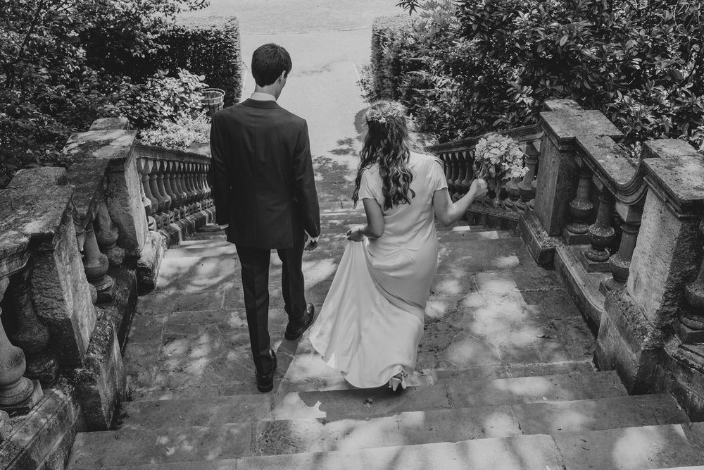 24 York House bride groom wedding portraits garden steps.jpg
