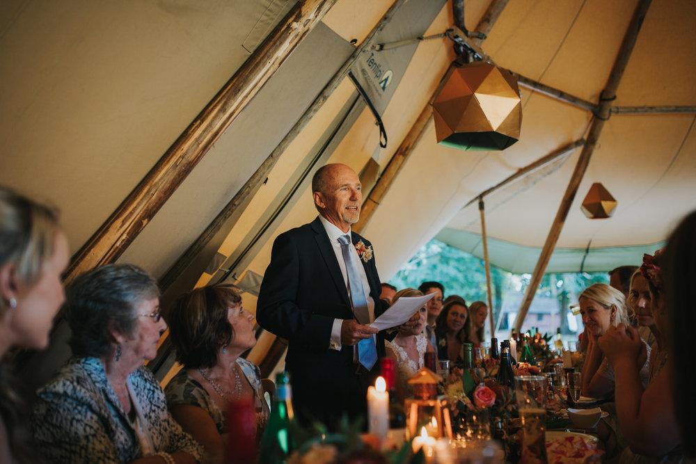 253 father of bride wedding speech wedding photojournalism Yolande De Vries.jpg