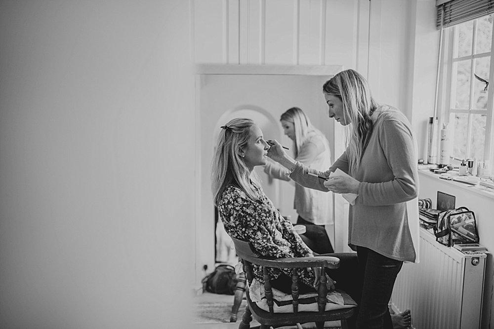Bridal preparation kingston wedding photographer.jpg