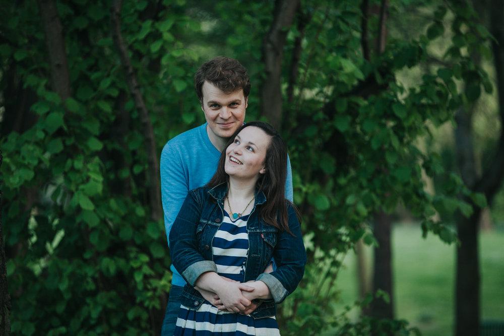 lush green London pre-wedding photography.jpg