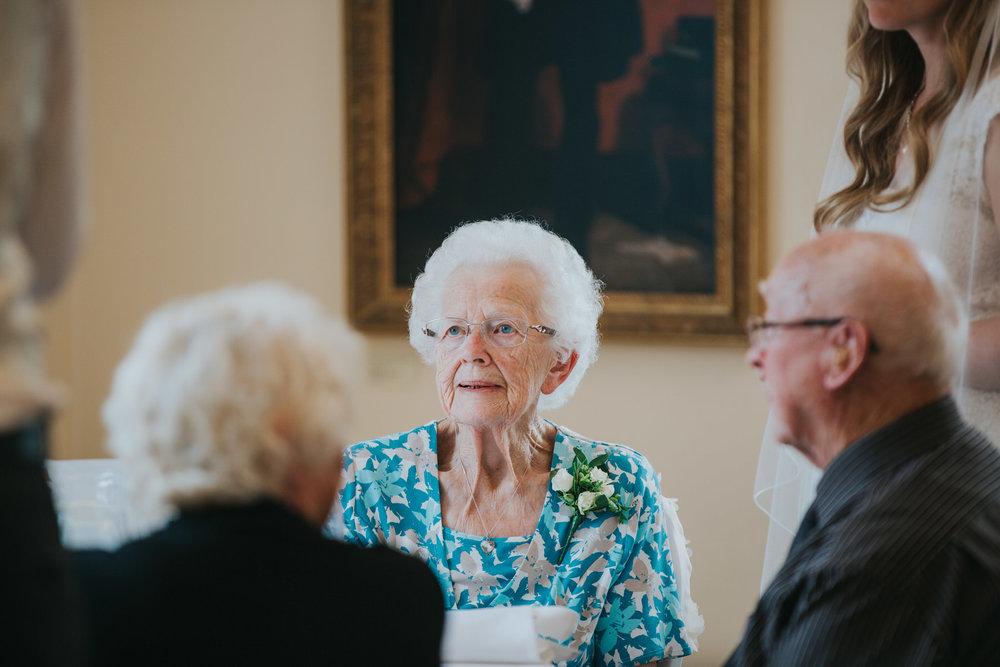 310-wedding breakfast guest reportage Pembroke Lodge.jpg