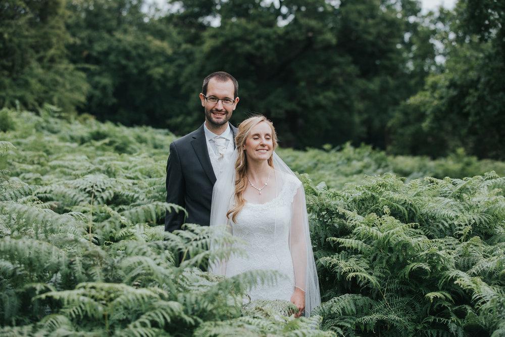 229-bride groom couple portraits Pembroke Lodge.jpg