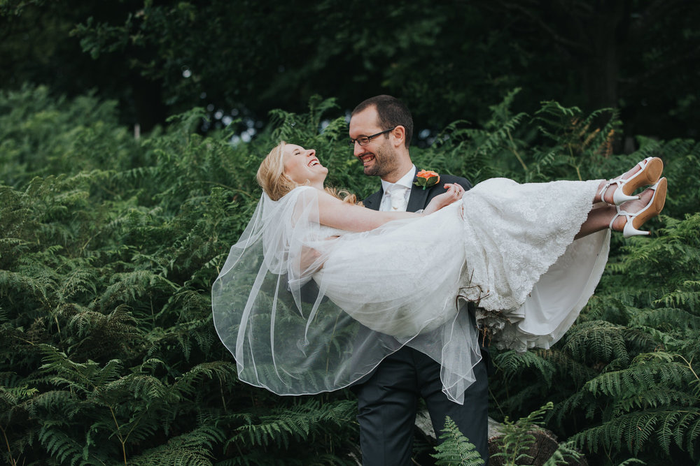 268-bride groom couple portraits Pembroke Lodge.jpg