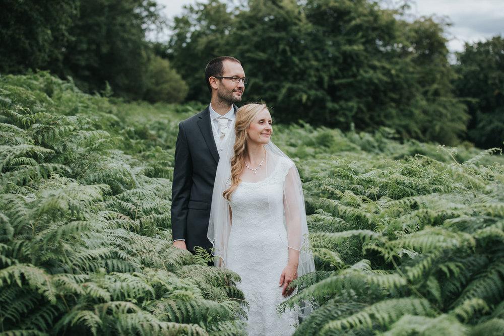 231-bride groom couple portraits Pembroke Lodge.jpg