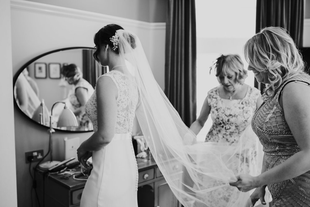 Richmond Wedding Photographer-bride-mum-bridal-preparations-CRL-49.jpg
