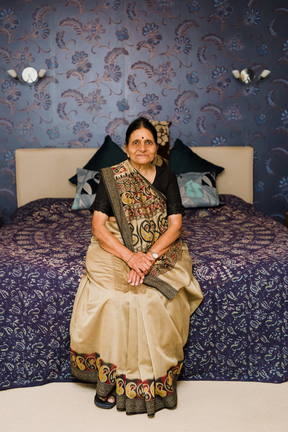 7  CROYDONLIVES exhibition Croydon Boxpark Yolande De Vries Photography Indian lady.jpg
