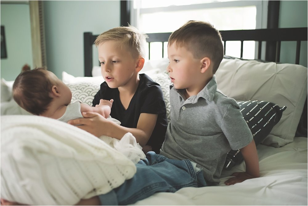 karra lynn photography - family lifestyle photographer michigan - siblings