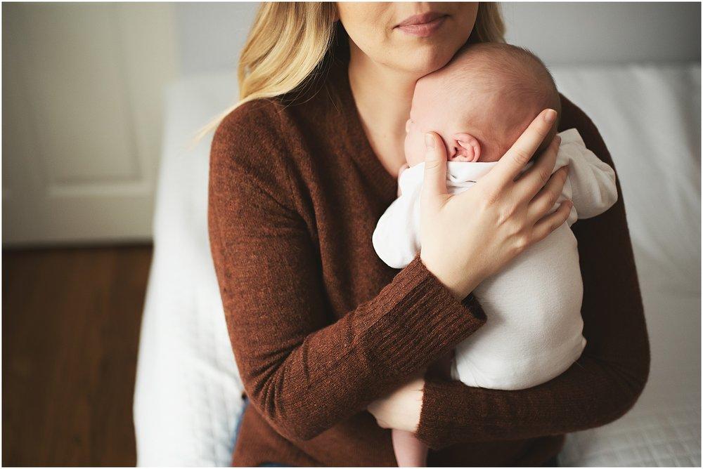 karra lynn photography - newborn photographer northville mi - new mom