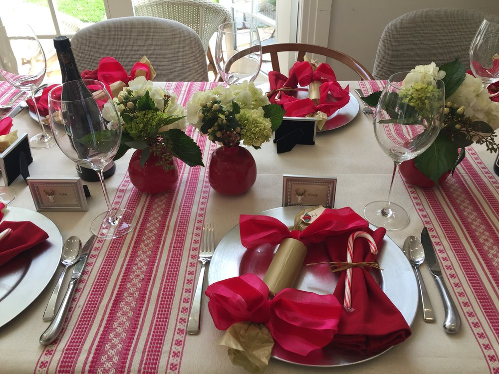 The table ready for dinner