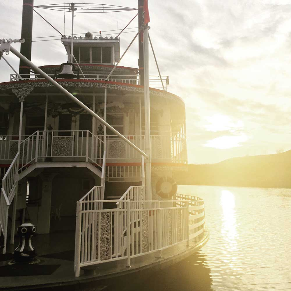 A trip to Memphis wouldn't be complete without a historical tour down the mighty Mississippi River on a traditional paddlewheeler. The sun setting over the river bank as we docked was the perfect final touch to a lovely cruise.