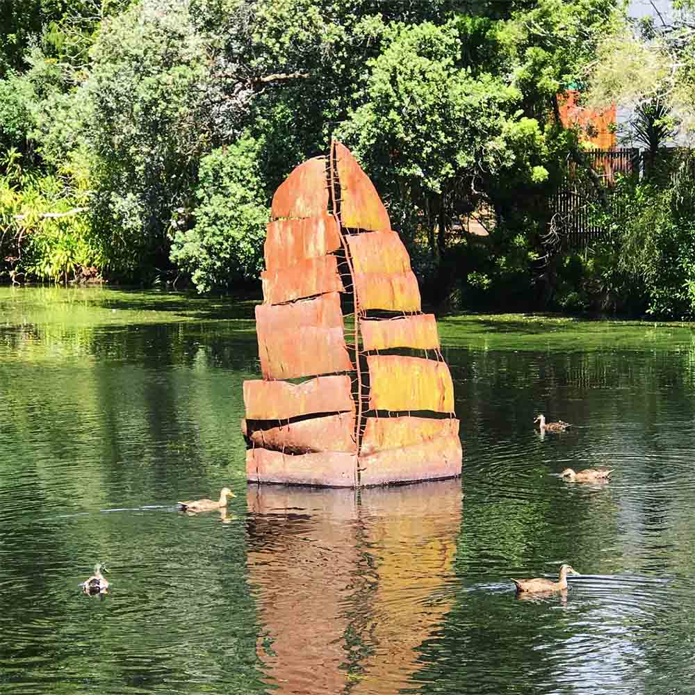 Our favorite piece along the scultpure walk was this gorgeous sailing boat, perfectly positioned in the garden's lake.