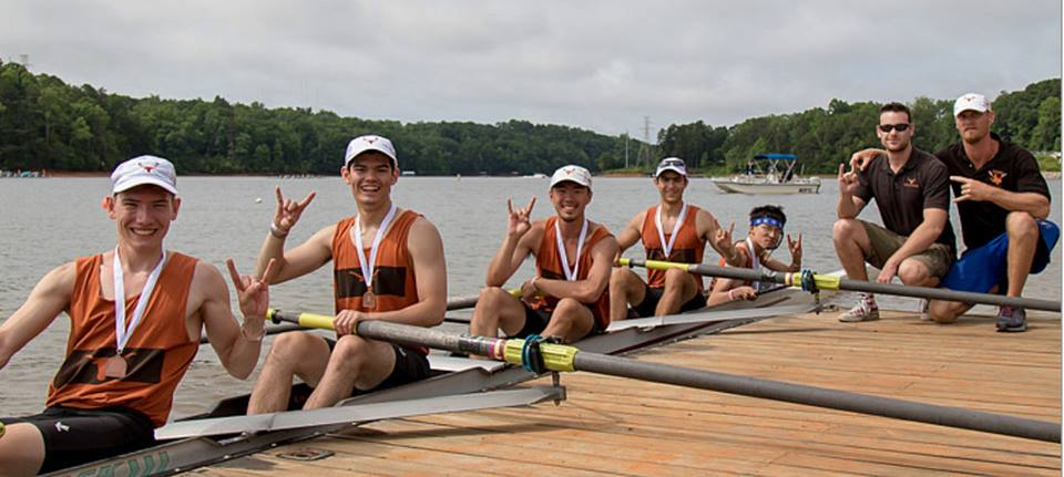 The mens novice lightweight 4+ brought home bronze from ACRA 2017, pictured with their coaches Dylan and Simon (left to right).
