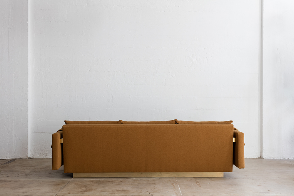 02_a_joinery_sofa.jpg