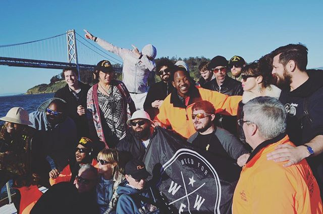 @wfwp_oakland_ getting together for a group photo on the #cannabis yacht tour 🤗