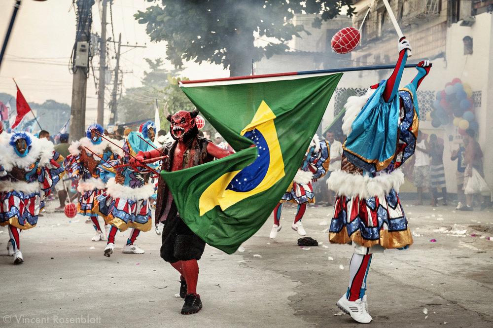 Bate Bola : Sweet & violent clowns from Rio de Janeiro