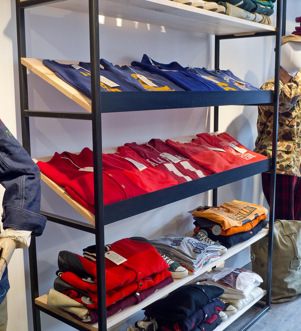 Custom Retail Shelving