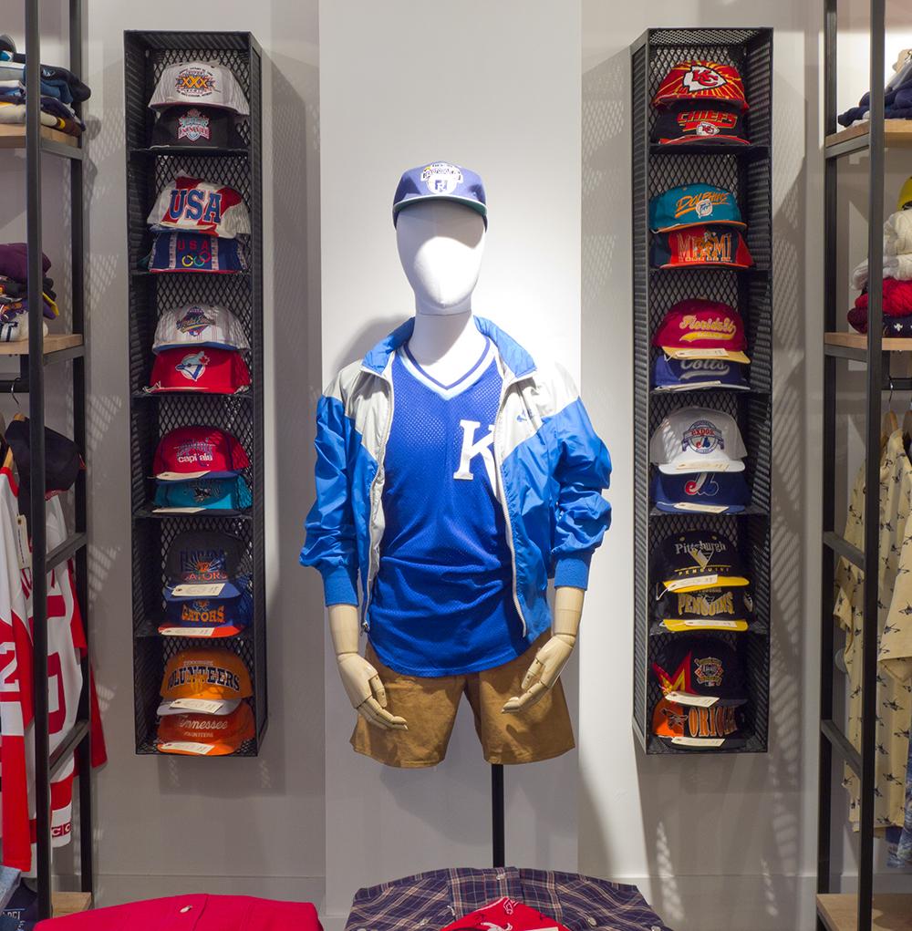 Custom Hat Displays