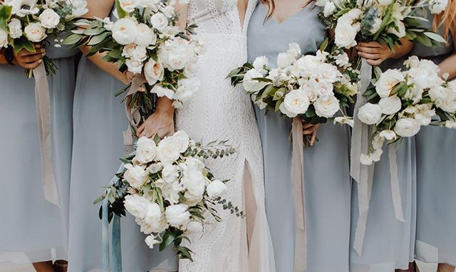 Crisp white + green with a subtle hint of blue, one of my all time favorite combinations. We were so lucky to be able to flower in Texas last year. It was such a memorable experience and I treasure how close Anna and I worked together to really make her vision come to life.  #wildmusefloral #nicepairofjordans  Photo: @brasspennyphotography  Venue: @4elevenfw  Dress: @lovelybride @emmy_mae__bridal  B&G: @annahavensjordan @thegentlementour Ribbon: @bellameribbon @silkandwillow Featured on: @greenweddingshoes