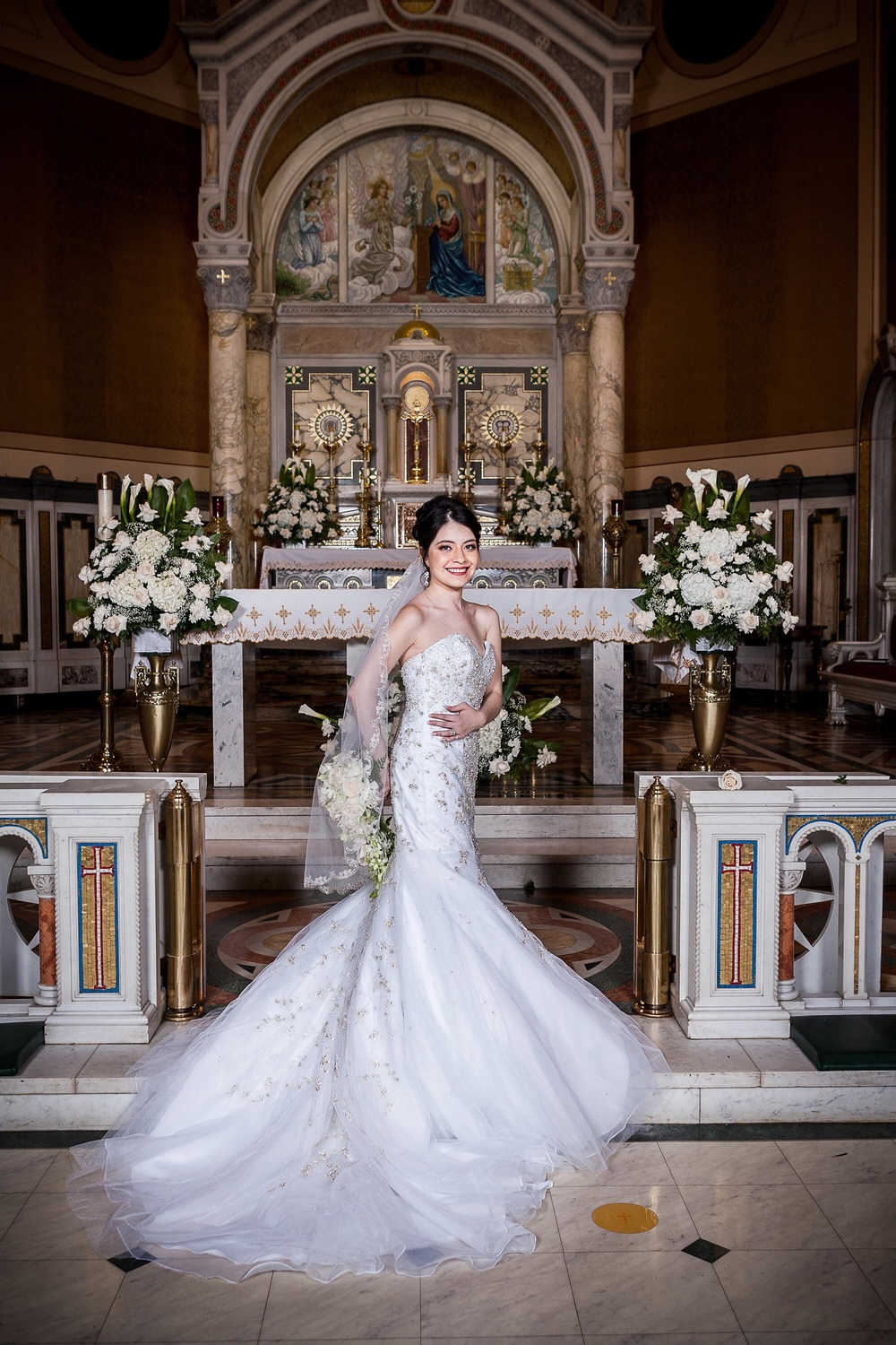 Wedding dress, bride, flowers, Catholic Church, altar, wedding, New Albany, Indiana