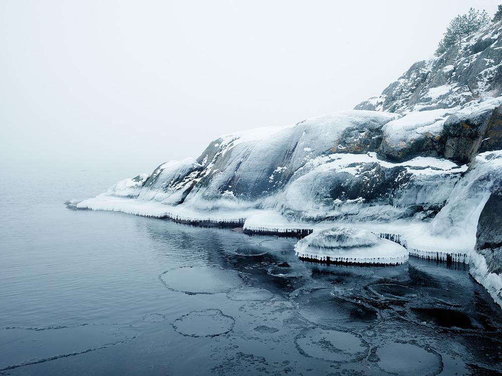 Photographer Philip Karlberg captures serene photographs of Stockholm's archipelago. | RetouchingBlog.com