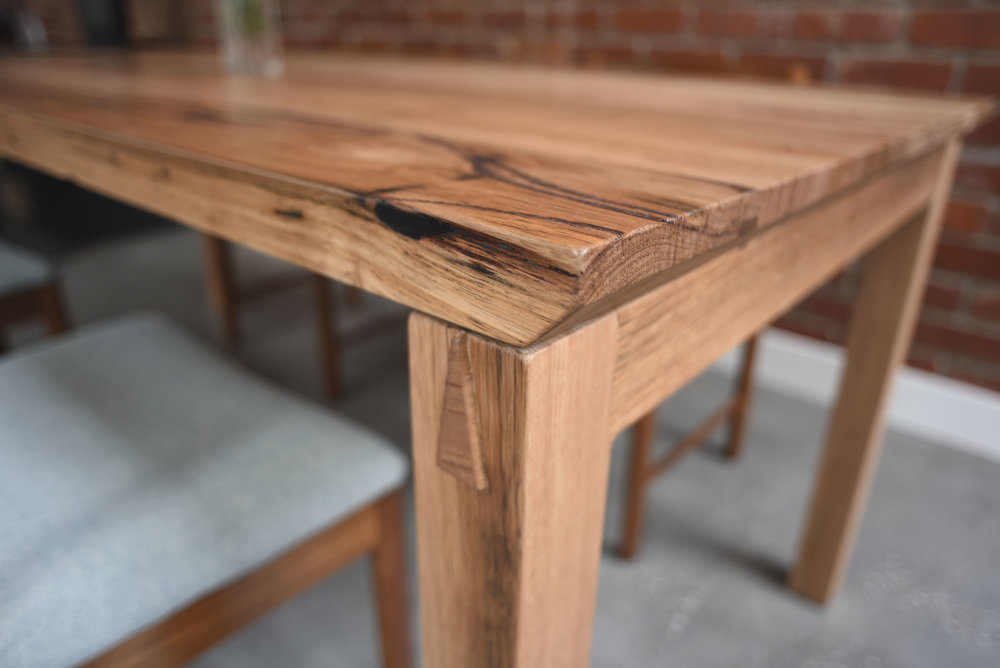Sliding Dovetail Table Leg