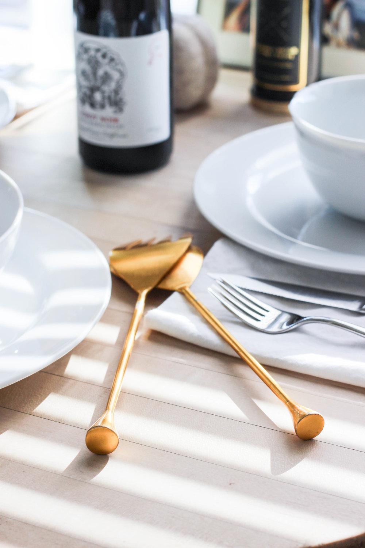 dear-serendipity-thanksgiving-table-1.jpg