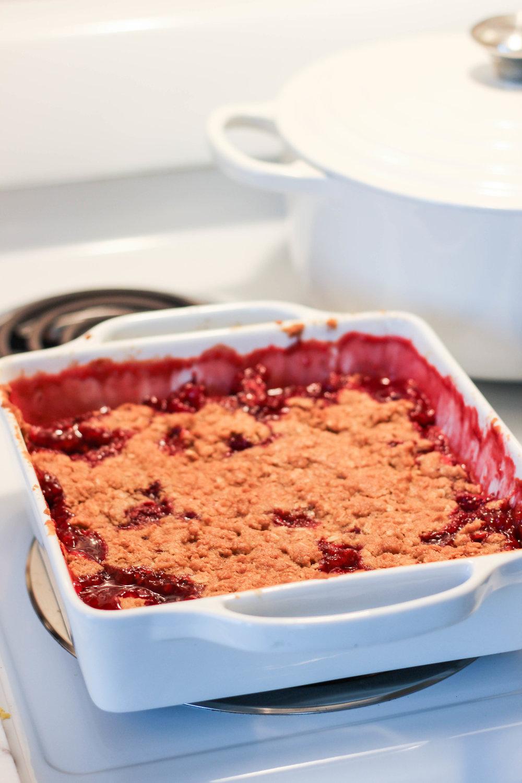 dear-serendipity-strawberry-crumble-recipe-1.jpg