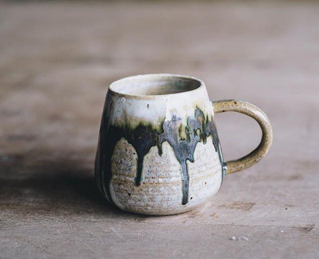 Forest cup by @noriko_nagaoko  Photo @arturrummel  #forestcup #instaceramics #ceramiccup #turningearth #stoneware