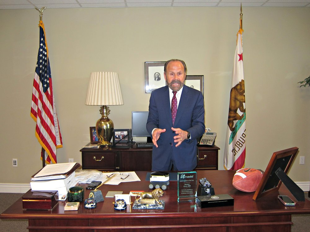 Senator Jerry Hill Honors 2016 PVSA winners at EqOpTech